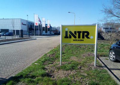 INTR Bewegwijzering Outdoorsigning